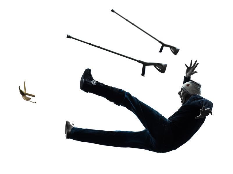 杖で転ぶ【画像】